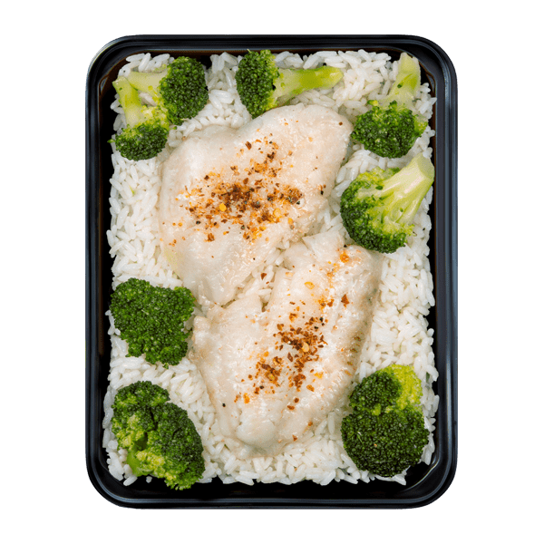Orangepepper Redfish with rice and broccoli